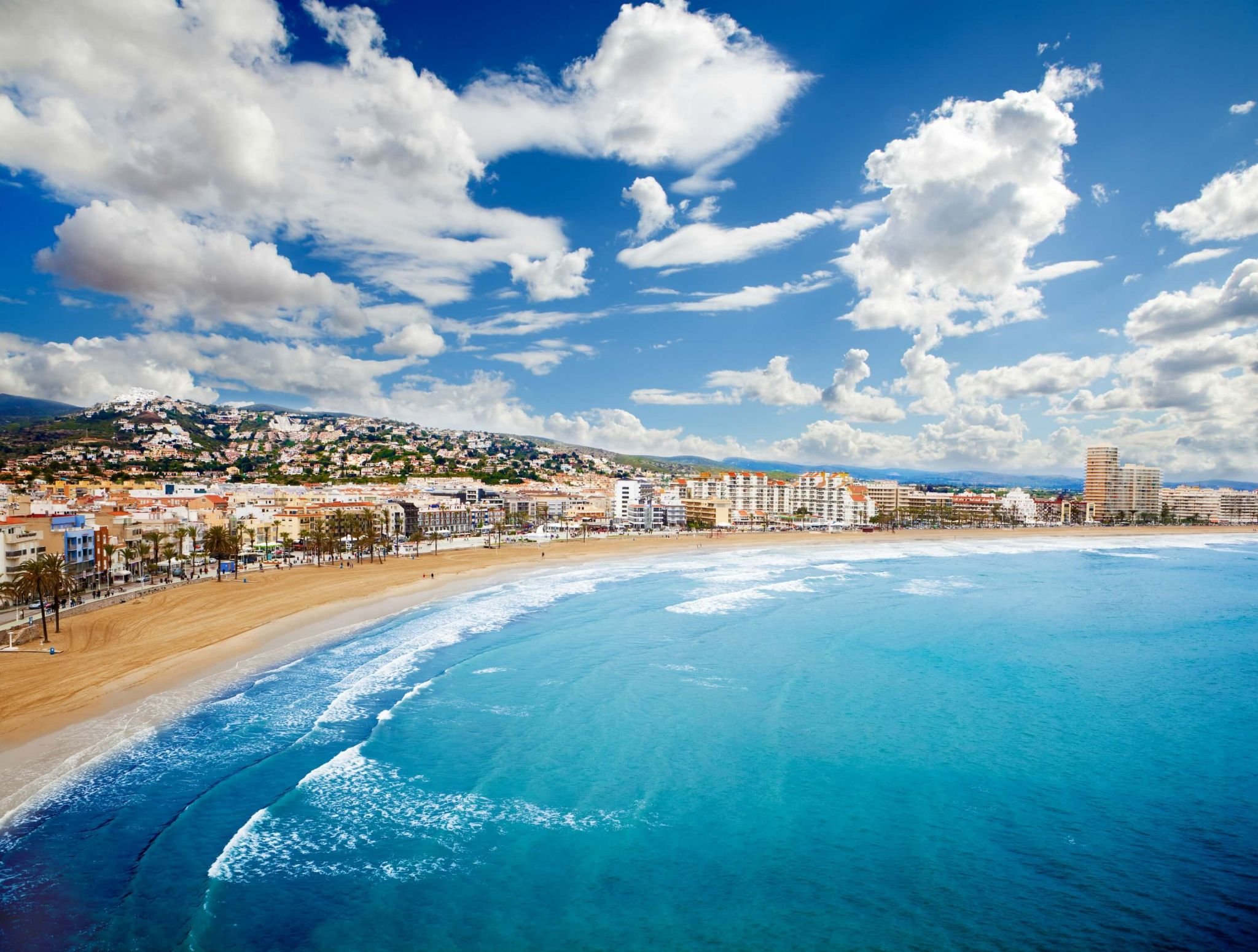 budget friendly family holiday -Spanish beach