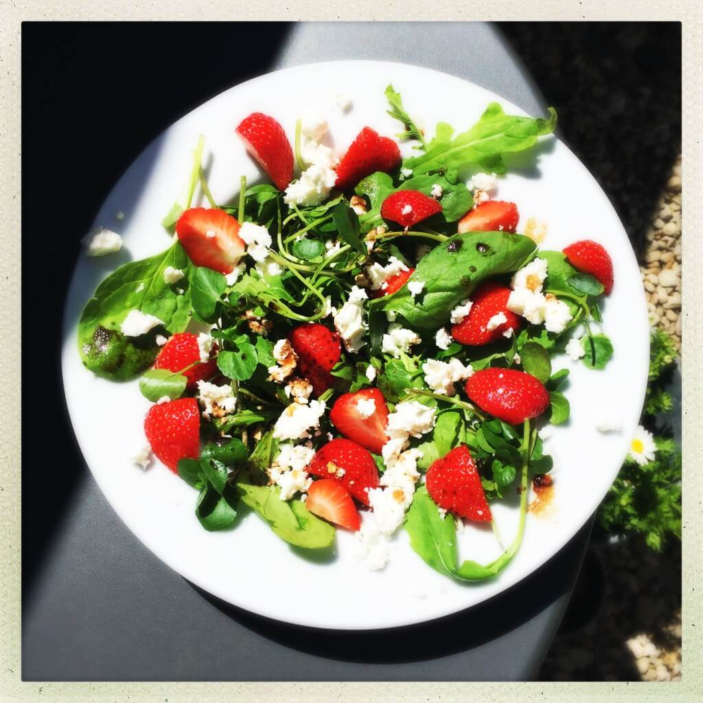 quick and easy summer salads - strawberry and feta salad