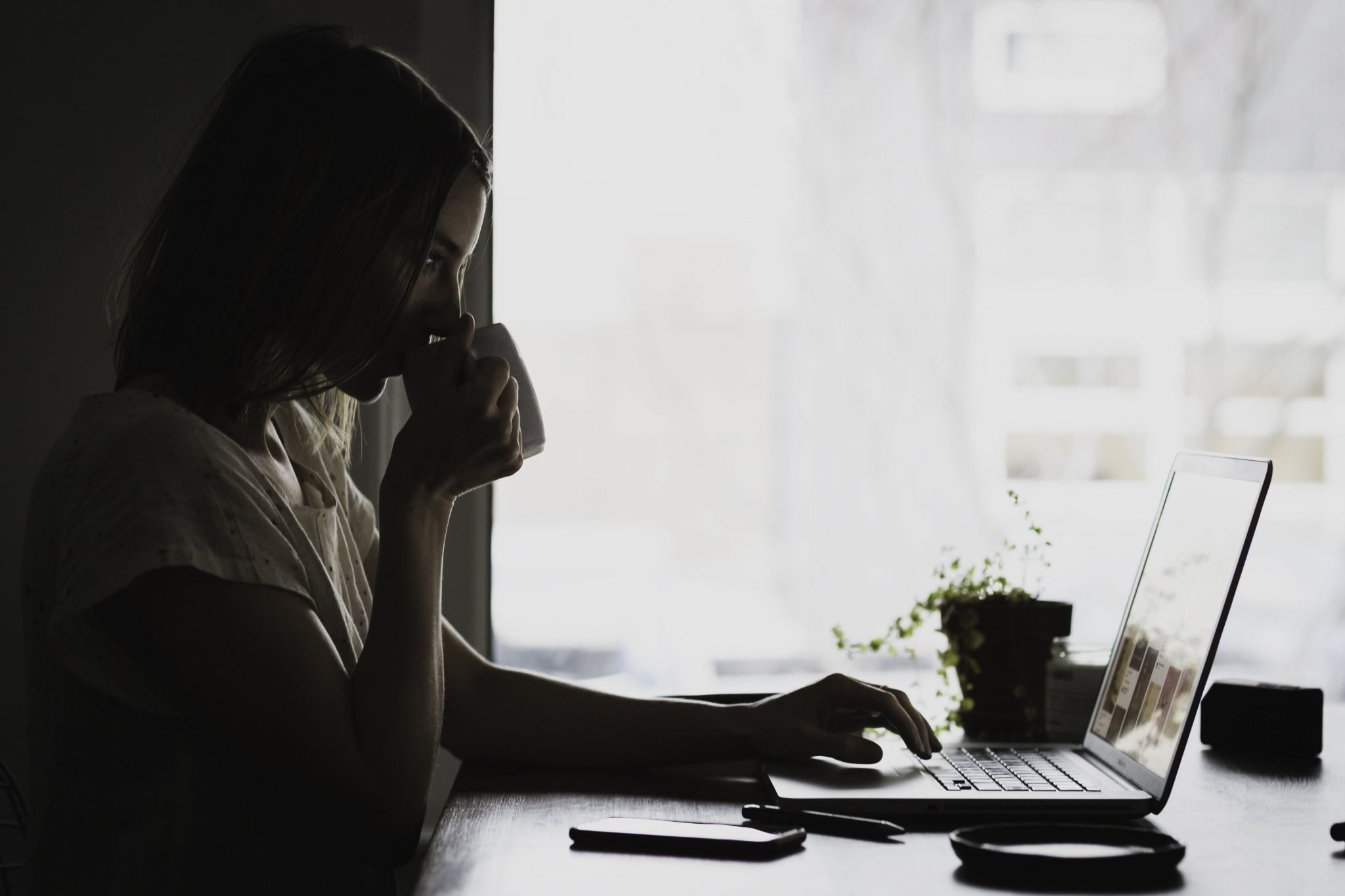 The Loneliness Of The Work From Home Blogger