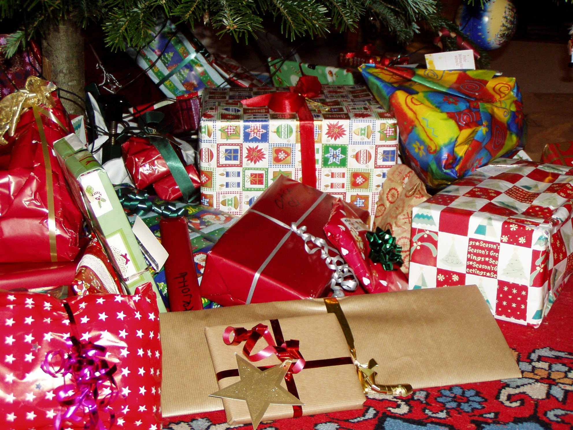 organising toys - pile of presents under the tree
