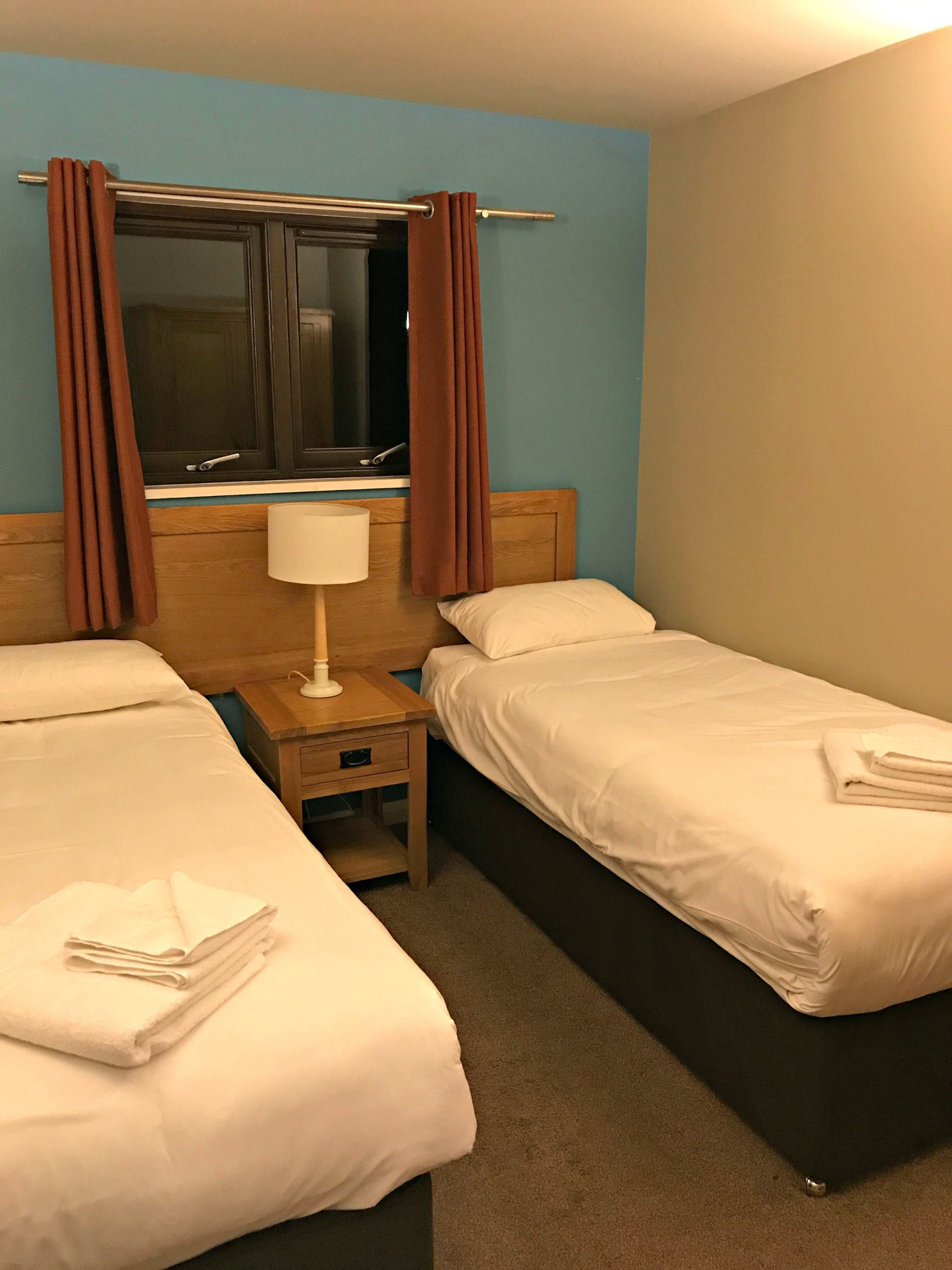 Bluestone Gateholm Lodge Twin Bed room