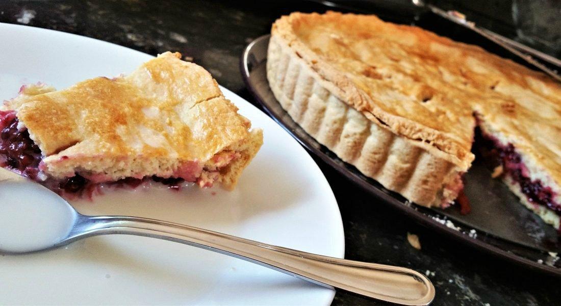Warming winter pies - Leyla's blackberry pie - Motherhood Diaries