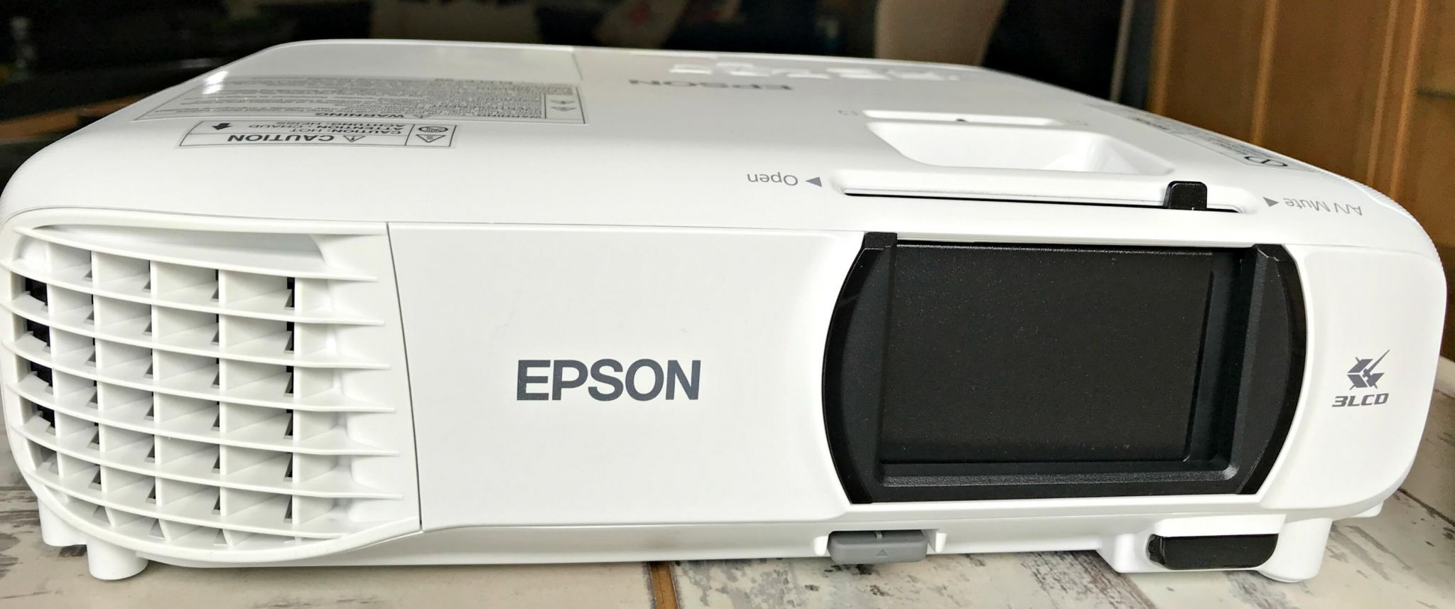 Epson Home Projector EH-TW650 – A Great Cinema Experience At Home