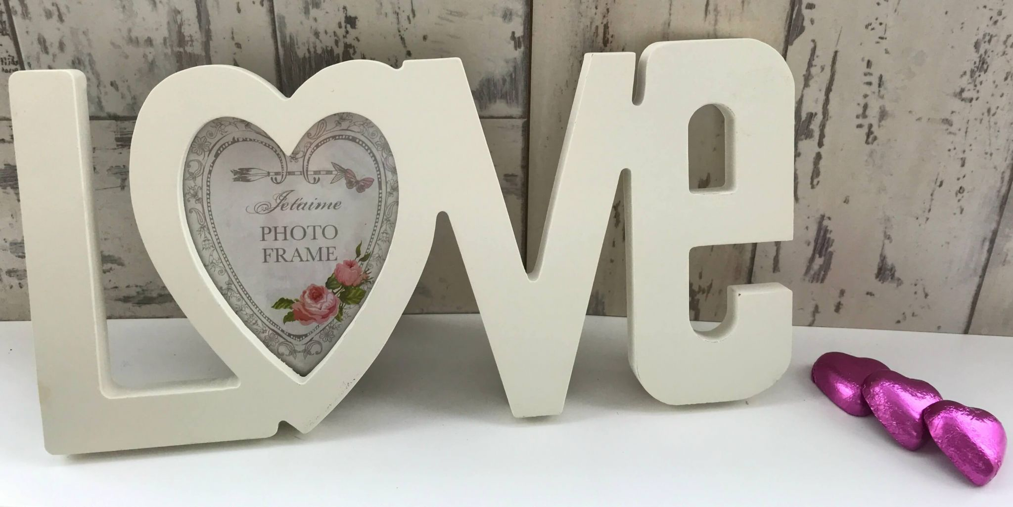 Mother's Day gifts on a budget - Home Bargains Love frame.