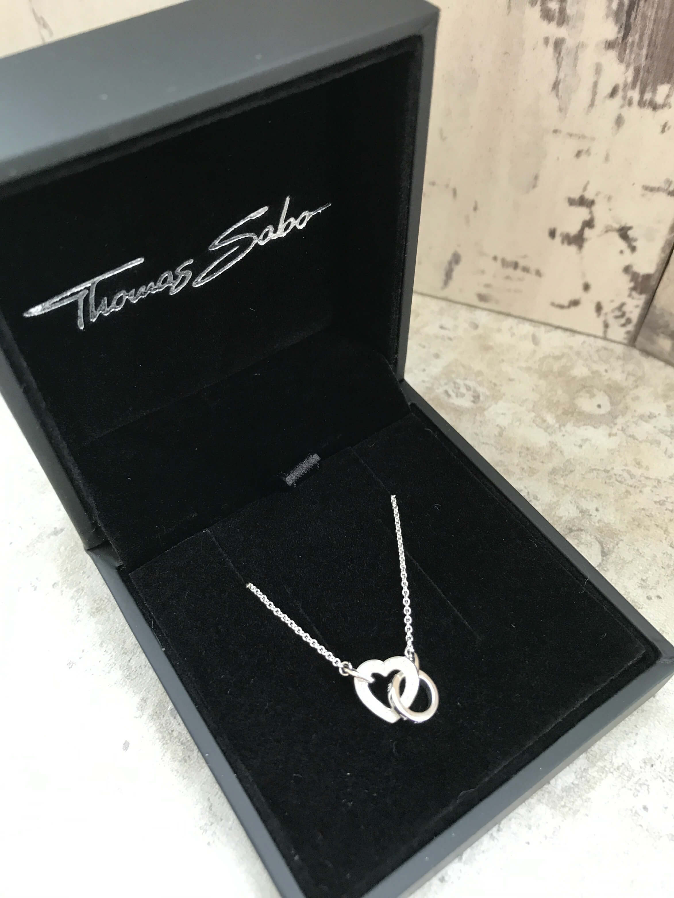 Mothers Day Jewellery - Thomas Sabo Heart Link necklace in presentation box