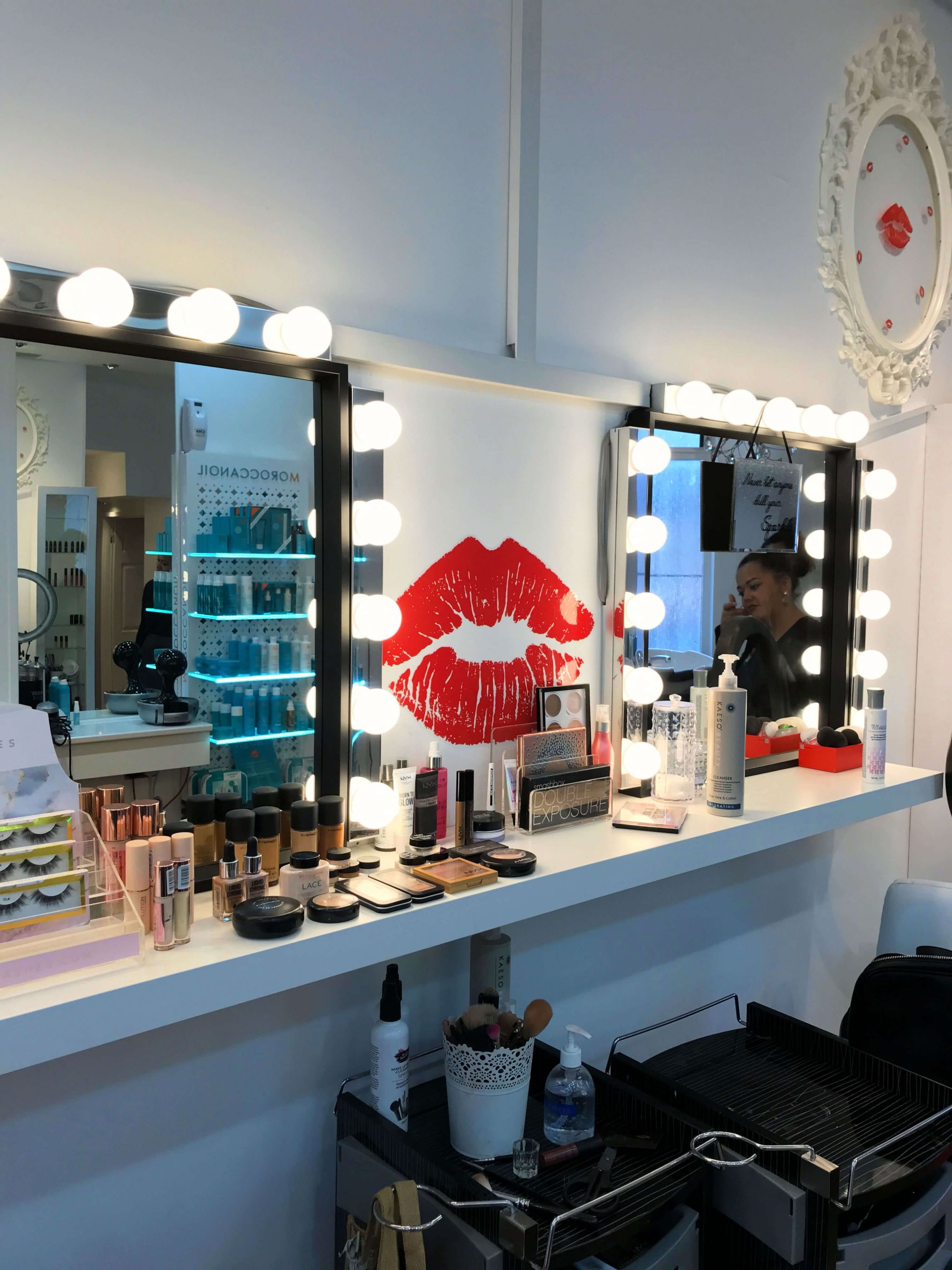 Mwah Cardiff makeup station